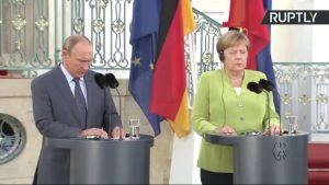 Vladimir Poutine et Angela Merkel ont discuté par téléphone du cessez-le-feu à l'est de l'Ukraine