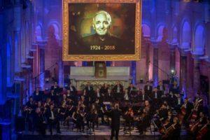 Le Liban a rendu hommage à Charles Aznavour avec le concert grandiose « Pour toi Arménie » à Beyrouth