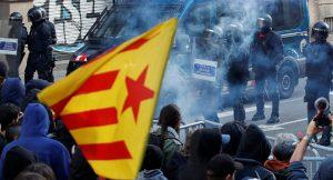 Des policiers Catalan soutiennent les indépendantistes